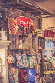 country christmas store
