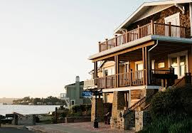 the shorelight inn on benicia bay
