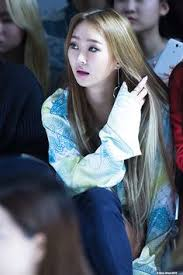hyorin put on long hair hyorin touch my body live sistar hyorin pinterest kdrama and