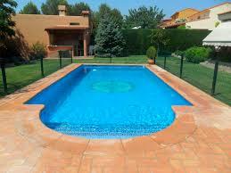 plage de piscine carrelage pour plage de piscine de sol en terracotta mat