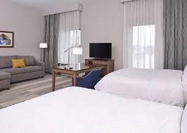 Bed And Living Hampton Inn U0026 Suites Cincinnati Mason Ohio Hotel Rooms