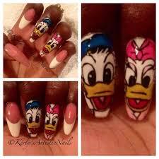 donald and daisy duck nail art nails pinterest duck nails