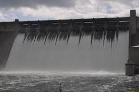 table rock dam opens spillways for turbine maintenance
