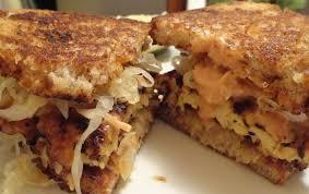 cuisiner le tempeh tempeh reuben sandwiches le v parole