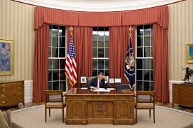 White House Oval Office Desk Oval Office