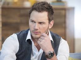 men are now objectified more chris pratt jurassic world actor says equality should mean