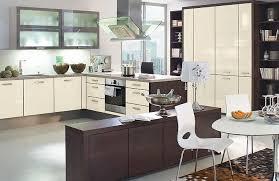 couleur magnolia cuisine cuisine couleur magnolia decoration cuisine mur cuisine beige mur