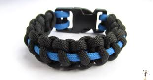 survival bracelet styles images 74 diy paracord bracelet tutorials explore magazine png
