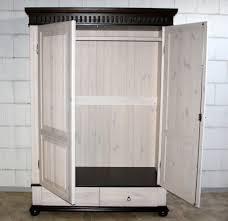 Wohnzimmerschrank Kolonial Kleiderschrank 2türig 138x199x62cm Geteilte Türfüllung 2
