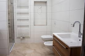 Bad Ohne Fliesen Badezimmer Fliesen Deko Badezimmer Renovieren Ohne Fliesen W92