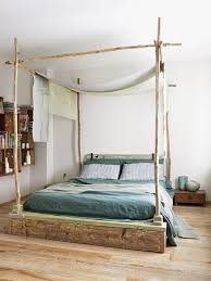 Best 25 Farmhouse Bed Ideas by Best 25 Rustic Canopy Beds Ideas On Pinterest Farmhouse Canopy