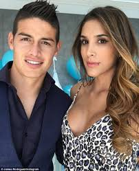 alexis sanchez wife bayern munich loanee james rodriguez splits from wife daily mail