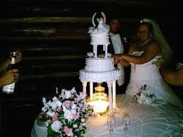 wedding cake m s wedding cakes wedding cake lake cormorant ms