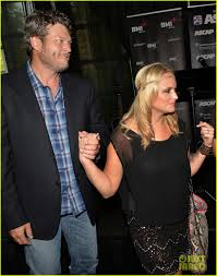 miranda lambert engagement ring blake shelton u0026 miranda lambert confirm divorce release joint
