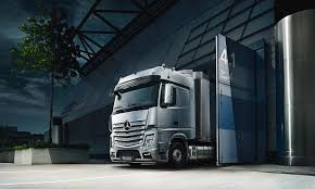 the new actros mercedes benz