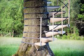 treppe selbst bauen treppe selber bauen spirale baumtreppe outdoor