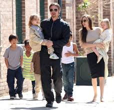 police at brad pitt and angelina jolie u0027s home after one of their