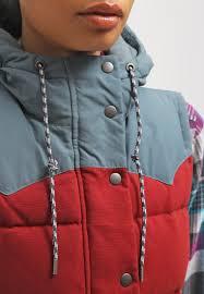 women jackets u0026 gilets patagonia bivy waistcoat drumfire red