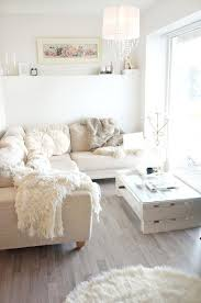Simply Shabby Chic Blankets by Best 20 Shabby Chic Sofa Ideas On Pinterest Shabby Chic Couch