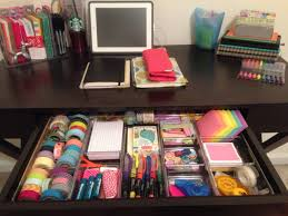best 25 desk layout ideas that you will like on pinterest home the organized college student desk i wish mine looked like that