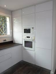cuisine blanche avec plan de travail noir cuisine blanche et plan de travail bois 1 cuisine blanc avec