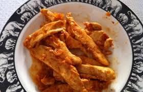 cuisiner aiguillette de poulet aiguillettes de poulet à la tomate recette dukan pp par