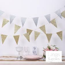 Wedding Decor Cheap European Style Gold And Silver Triangle Flag Pull Flowers Wedding