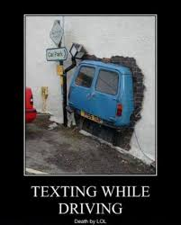 Texting While Driving Meme - demotivational pictures texting while driving all demotivational