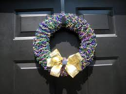 mardi gras bead wreath 29 best mardi gras images on mardi gras
