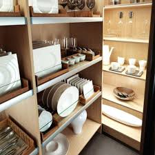 rangement cuisine pratique amenagement de placard de cuisine rangement cuisine rendre le