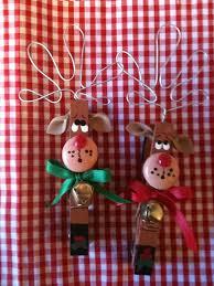 set of 2 reindeers clothespins magnets package ties