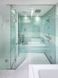 glastüren badezimmer moderne duschkabine mit glastüren ebenerdig badideen