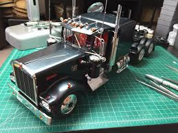kw truck models 1 16 kenworth w900 lowered on the workbench big rigs model