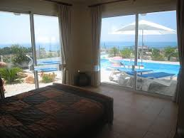 for sale 2 bedroom bungalow with sea views eur 275 000