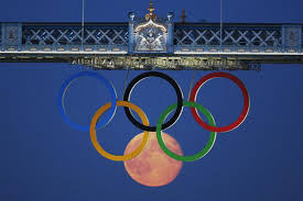 olympic rings london images Photographing the moon as an olympic ring the verge jpg