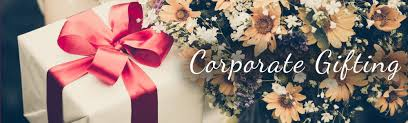 corporate gifting shoppers stop