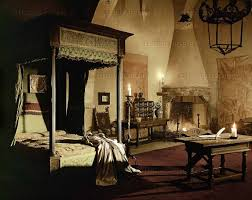 Italian Renaissance Interior Design Medieval Bed Sheets Bedroom Decorating Ideas Style Bedding