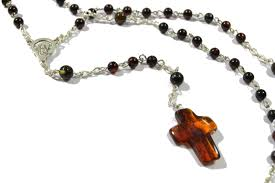 christian rosary rsy01 cherry christian rosary thenaturalamber