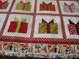 Ideas For Quilted Christmas Gifts by The 25 Best Christmas Present Quilt Block Pattern Ideas On Pinterest