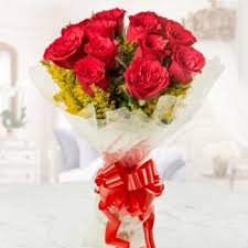 flowers roses keep it simple silly a bunch of 12 roses buy online