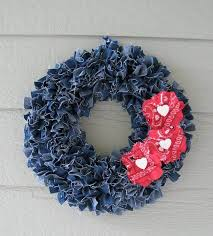 Denim Home Decor by How To Upcycle Denim Into Stunning Home Decor Homeyou