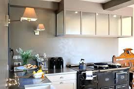 fabriquer hotte cuisine hotte cuisine entre la et latelier ambiance atelier cuisines malegol
