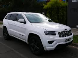 jeep 2014 white file 2014 jeep grand wk2 my14 blackhawk 3 6 4wd wagon