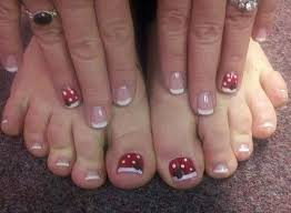 best 25 disney toes ideas only on pinterest disney nail designs