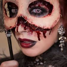 Awesome Scary Halloween Costumes 20 Gory Halloween Costume Ideas Images