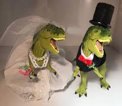 dinosaur wedding cake topper 12 best wedding images on dinosaur wedding marriage
