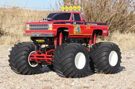 rc monster truck racing we need more solid axle monster trucks rc car action