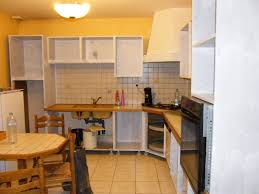 quelle peinture pour une cuisine rénover une cuisine comment repeindre une cuisine en chêne mes