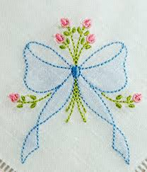 design embroidery se1002 shadow embroidered bow with rosebud spray kld embroidery