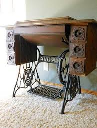 Antique Singer Sewing Machine Table Antique And Vintage Sewing Machine Ideas Idea Box By Robin Redo